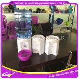 Molde do distribuidor da água fria de Workhousr