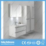 Mercadorias sanitários do banheiro elevado da pintura do lustro com lâmpada do diodo emissor de luz e gabinete do lado (BF380D)