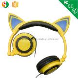 Gebildet China-in den verdrahteten kundenspezifischen Katze-Ohr-Stereokopfhörern