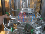 Machine automatique de fabrication de boissons gazeuses et de boissons
