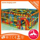 Do equipamento interno comercial do campo de jogos das crianças campo de jogos macio interno