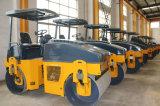 4.5トンの中国の有名なブランドのJunmaの振動の道のコンパクター(YZC4.5H)