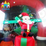 Finegoの回転クリスマス・パーティの装飾は膨脹可能なおもちゃの漫画サンタクロースを飾る