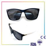 La mode chaude faite sur commande de lunetterie de vente folâtre Sunglass pour les hommes