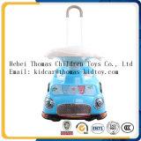 Carro elétrico dos miúdos, carro elétrico do bebê, passeio no carro
