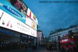 Im Freienörtlich festgelegte installieren farbenreiche Bildschirmanzeige LED-P10 für das Bekanntmachen