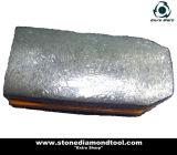 Metall, das Fickert Granit-Poliermittel-Hilfsmittel reibt