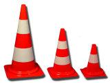 製造業者のトラフィックの交通安全の黒ベース円錐形