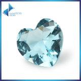 Синь моря формы сердца отбортовывает искусственний камень стекла аквамарина диаманта