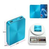 10400mAh携帯用合金Cube-Shaped力バンクの携帯電話の充電器