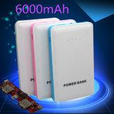 Banco móvel Ultrathin da potência do carregador 6000mAh da bateria do polímero com USB duplo