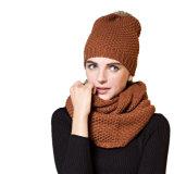 L'inverno delle ragazze ha lavorato a maglia a strati l'insieme del Beanie 2PCS della sciarpa di collo