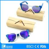 Les la plupart ont recherché les lunettes de soleil en bois polarisées par modèle d'article truqué de productions avec le cas
