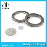 強いPermaenntによって焼結させるネオジムのNdFeBのリング磁石