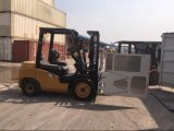 3.0ton Diesel Forklift mit Clamps