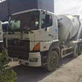 Camion populaire de mélangeur de Hino 700 Concter avec le tambour de mélange de la colle propre à vendre