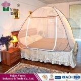 Wer das behandelte Insektenvertilgungsmittel genehmigte, Moskito-Netz-Zelt oben knallen