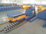 8 тонн автоматического гидровлического Uncoiler с автомобилем катушки для крена формируя машину