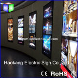 Advertizing DisplayのためのアルミニウムMagnetic LED Frame Movie Poster