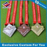 リボンが付いているカスタム金属メダルスポーツメダル十字の形の円形浮彫り
