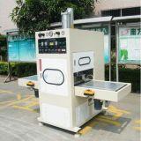 Sacchetti medici di infusione che saldano e tagliatrici, fabbricazione Cina