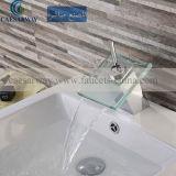 浴室のために承認される透かしが付いているCascada Grifosの詐欺LED Del Lavabo Basinのコック