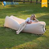 DIY Laybagの膨脹可能なバナナの位置袋の赤く不精な豆袋の空気浜のベッドのソファーの膨脹可能な寝袋
