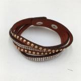 De klassieke Armband van de Juwelen van de Legering van de Armband van het Leer met de Steen van het Glas