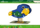 O PE diferente de Kaiqi dá forma a brinquedos dos cavaleiros da mola para crianças