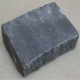 Pavé en pierre de basalte noir