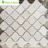 Azulejos de mármol blancos Polished de Backsplash del mosaico de la dimensión de una variable de la linterna