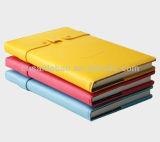 2017 펜 홀더를 가진 귀여운 디자인 PU 노트북 미소 디자인 덮개 일기