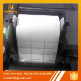 Étiquette blanc à affichage pour des dépliants de fichier de bureau