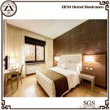 広州のホテルの寝室の家具で作られる