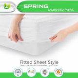 防水マットレスの保護装置カバーを満たす100%年の綿織物のウール