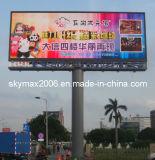 Via esterna P16 che fa pubblicità allo schermo del LED