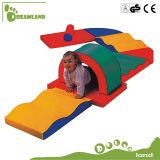 O jogo macio engraçado comercial das crianças por atacado caçoa o equipamento macio interno do jogo