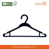 Percha plástica casera de la camisa del precio bajo de la colección de Eisho con las muescas