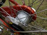 リチウム電池の前部フォークの中断都市Eバイク、電気バイク250W 36V