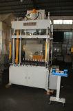 Una pressa idraulica da 100 tonnellate