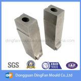As peças fazendo à máquina do CNC do fornecedor de China aceitam o Qty pequeno