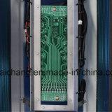 O condicionador de ar do barramento da cidade parte a pá do ventilador 01 do condensador