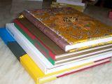 두꺼운 표지의 책 아이들 널 책과 서비스 인쇄하기 인쇄