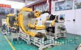Máquina que introduce que hacen enderezarse material