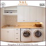 Governo di legno commerciale moderno della lavanderia