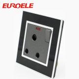 Socket cambiado eléctrico material de acrílico del color negro en socket de pared