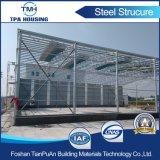 Installation préfabriquée d'entrepôt de structure métallique sur l'étage en béton