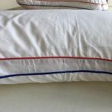 Подгонянная вставка подушки гостиницы Microfiber конструкции белая домашняя головная