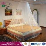 살충제에 의하여 취급되는 침대 닫집 모기장