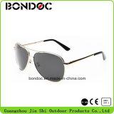Polarizado barato Aviadores hombres gafas de sol